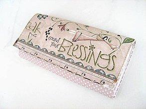 Peňaženky - Andělínka Růžová-velká peněženka vyšívaná rokajlem - 4145743_