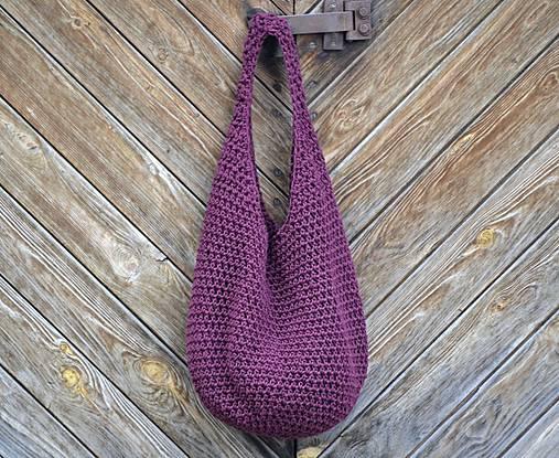 taška...burgundská