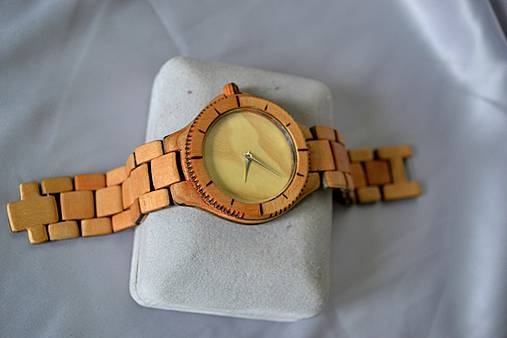 SK8 v čase - Drevené hodinky