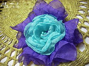 Odznaky/Brošne - Textilná spona / brošňa v modrom - 4159052_