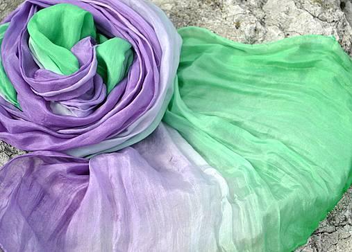 Fialkovo - zelená vrapovaná hedvábná šála