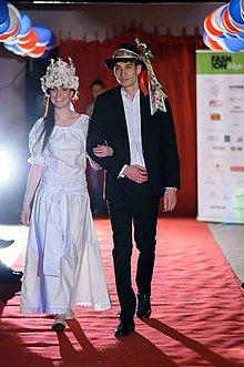 Šaty - Svadobné šaty vyšívané krivou ihlou - 4197191_