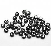Čierne korálky písmenká (veľký balíček 1000ks)