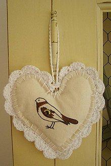 Dekorácie - Srdce na zavesenie - vtáčik - 4250141_