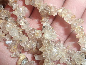 Minerály - Krištálové vlasy zlaté - zlomky (Sagenit / Venušine vlasy) - 4251239_