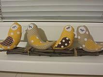 Dekorácie - sedíme si na konári... v žltom - 4258728_