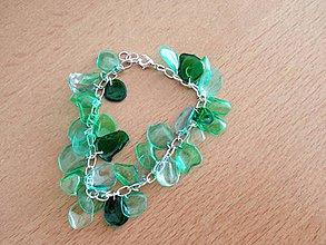 Náramky - Zeleno, zeleny naramok, z plastovych kuskov, lahky naramok, suchotavy - 4268012_