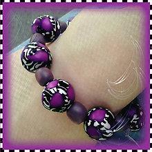 Náramky - Abstraktný fialový náramok - 4275670_