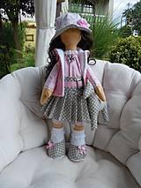 Bábiky - Alica v skladanej sukničke s koníkom - 4308346_