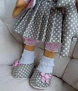 Bábiky - Alica v skladanej sukničke s koníkom - 4308356_
