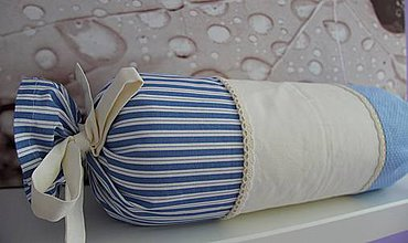 Úžitkový textil - vankušik valec smotanovo -modrý - 4319952_