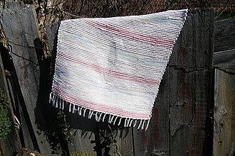 Úžitkový textil - Tkaný ružový koberec so svetlo-modrými pásikmi - 4333052_