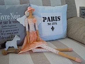 Bábiky - Marhuľová v klobúčiku - 4345759_