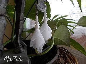 Náušnice - biele svadobné náušnice - 4343646_