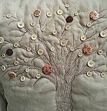 Úžitkový textil - vankúš stromos gombíkovos - 4366867_