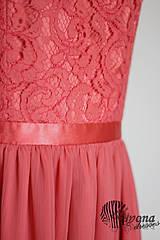 Šaty - Lososové šaty so slzou na chrbáte - 4386732_