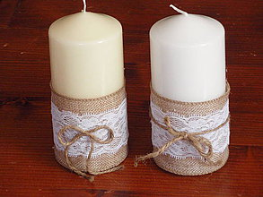 Svietidlá a sviečky - Vintage sviečky s čipkou a mašličkou - 4388401_