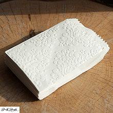 Papiernictvo - svadobný darčekový sáčok embosovaný - vintage - 4416080_