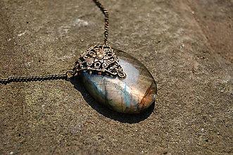 Náhrdelníky - Labradoritový šperk- oválny - 4419210_