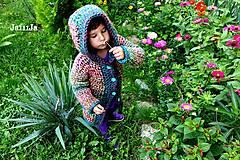 Detské oblečenie - Páslo dievča pávy. - 4424880_