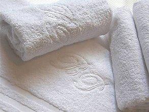 Úžitkový textil - Uterák s monogramom - 4423739_