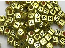 Zlaté korálky kocky (balíček 500ks)