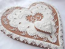 Dekorácie - Darujeme Ti srdce... Medovník - 23 cm - 4461571_