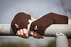 Rukavice - Hnedé rukavice s hríbikom - 4467345_