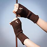 Rukavice - Hnedé rukavice s hríbikom - 4467349_