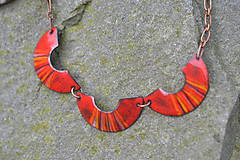 Náhrdelníky - houpačky červené - 4472414_