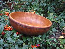 Nádoby - Drevená miska, jemne zdobená - 4482267_
