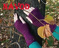 Kurzy - Návod na fialové návleky na ruce ** - 4486763_