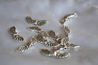 Korálky - Korálka anjelské krídla strieborné, 0.14€/ks - 4486446_