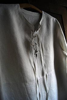 Oblečenie - Jednoduchá pánska košeľa so šnurovaním - 4491187_