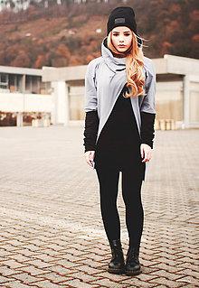 Mikiny - Výpredaj - Šedá asymetrická mikina s čiernymi rukávmi (B11) - 4490803_