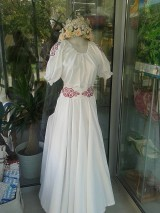 Šaty - Folk svadobné šaty s červeným srdcom ... - 4488546_