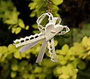 - Svadobné pierko s bielym srdiečkom - 4491476_