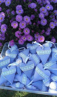 Darčeky pre svadobčanov - Levanduľové svadobné srdiečka - 4501381_