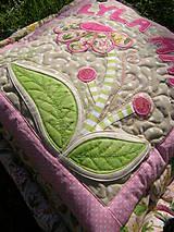 Úžitkový textil - Vankúš s kvetom... - 4504325_