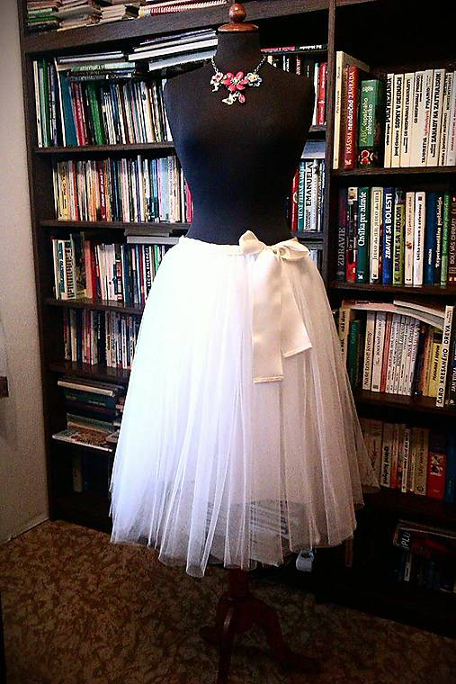 0a5c861ccaa7 Biela krátka suknička   LadyDK - SAShE.sk - Handmade Sukne