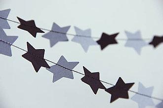 Dekorácie - Mini girlanda /// hvězdičky šedočerné - 4517063_