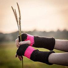 Rukavice - Prúžkované rúžovo čierne rukavice - 4522000_