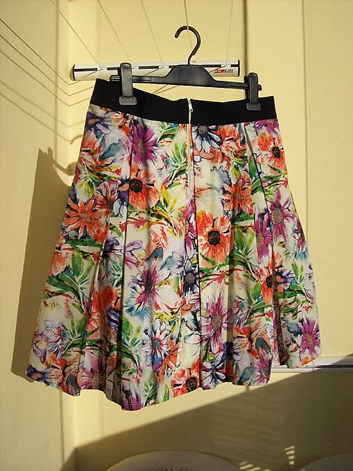 Kvetinová sukňa   Lukama - SAShE.sk - Handmade Sukne 3f162f20dd1