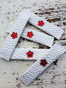 Darčeky pre svadobčanov - Svadobné žuvačky {červeny kvietok - White} - 4532586_