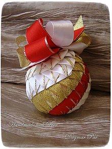 Dekorácie - Vianočná guľa Twist 2 - 4560718_