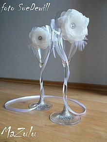 Dekorácie - kvety na spojenie pohárov - 4570220_