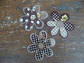 Materiál ručne robený - lupienky  do hnedá ( nažehľovačka) - 4576283_