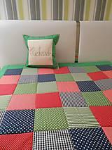Úžitkový textil - prehoz na posteľ patchwork deka zeleno- modro-červená - 4575490_