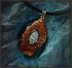 Náhrdelníky - 384. Drevený náhrdelník DUBOVÝ -  ACHÁT - 4572206_