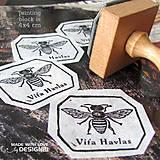 - Včielka, pečiatka 4x4 cm - 4575640_